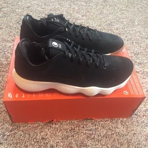 best loved ccf5d afc73 Nike Shoes - Nike React Hyperdunk 2017 Low LMTD Men s 10 NWB